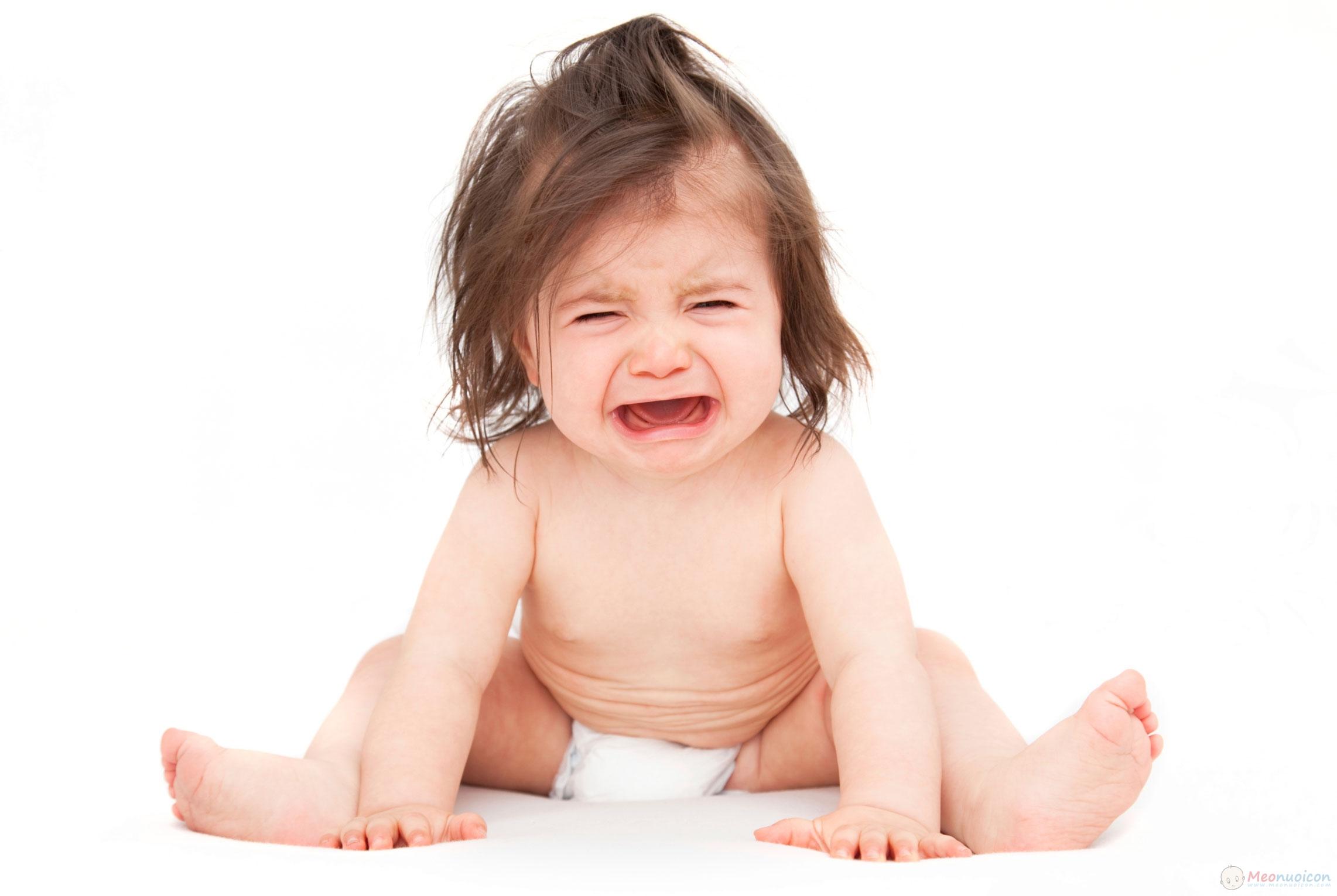Táo bón ở trẻ sơ sinh và cách khắc phục