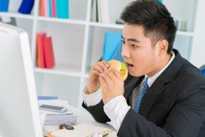 Bệnh trĩ là căn bệnh phổ biến của dân văn phòng-2