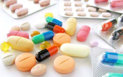 Bị bệnh trĩ không nên để lâu gây biến chứng nguy hiểm -2