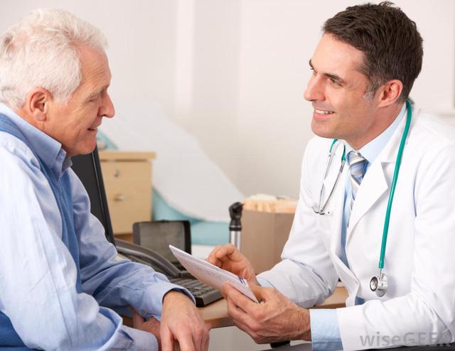 5 cách trị táo bón cho người già đơn giản mà hiệu quả -1