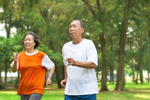 5 cách trị táo bón cho người già đơn giản mà hiệu quả -3