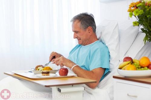 Sau mổ trĩ cần kiêng cữ gì và những điều người bệnh cần lưu ý